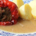 Száraz sült hús felhasználása: Töltött paprika töltelék készítéséhez is használhatsz maradék sült húst